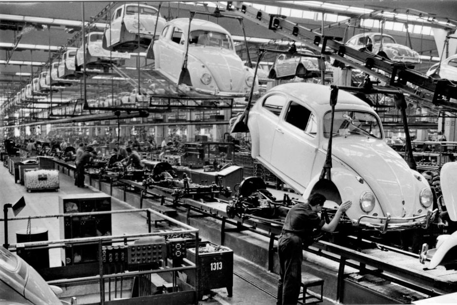 VW's last Beetle rolls off factory floor this week